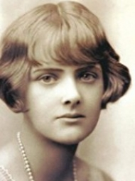 Essay in the Dublin Review of Books about Du Maurier's Rebecca
